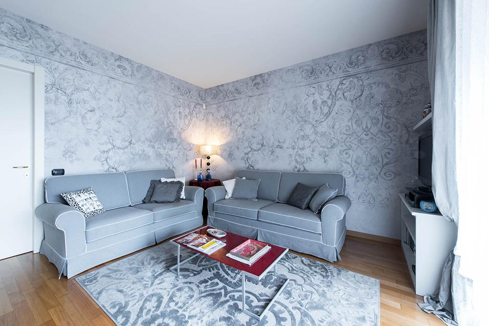 Vibo-portfolio-casa-sarnico-soggiorno-carta-digitale