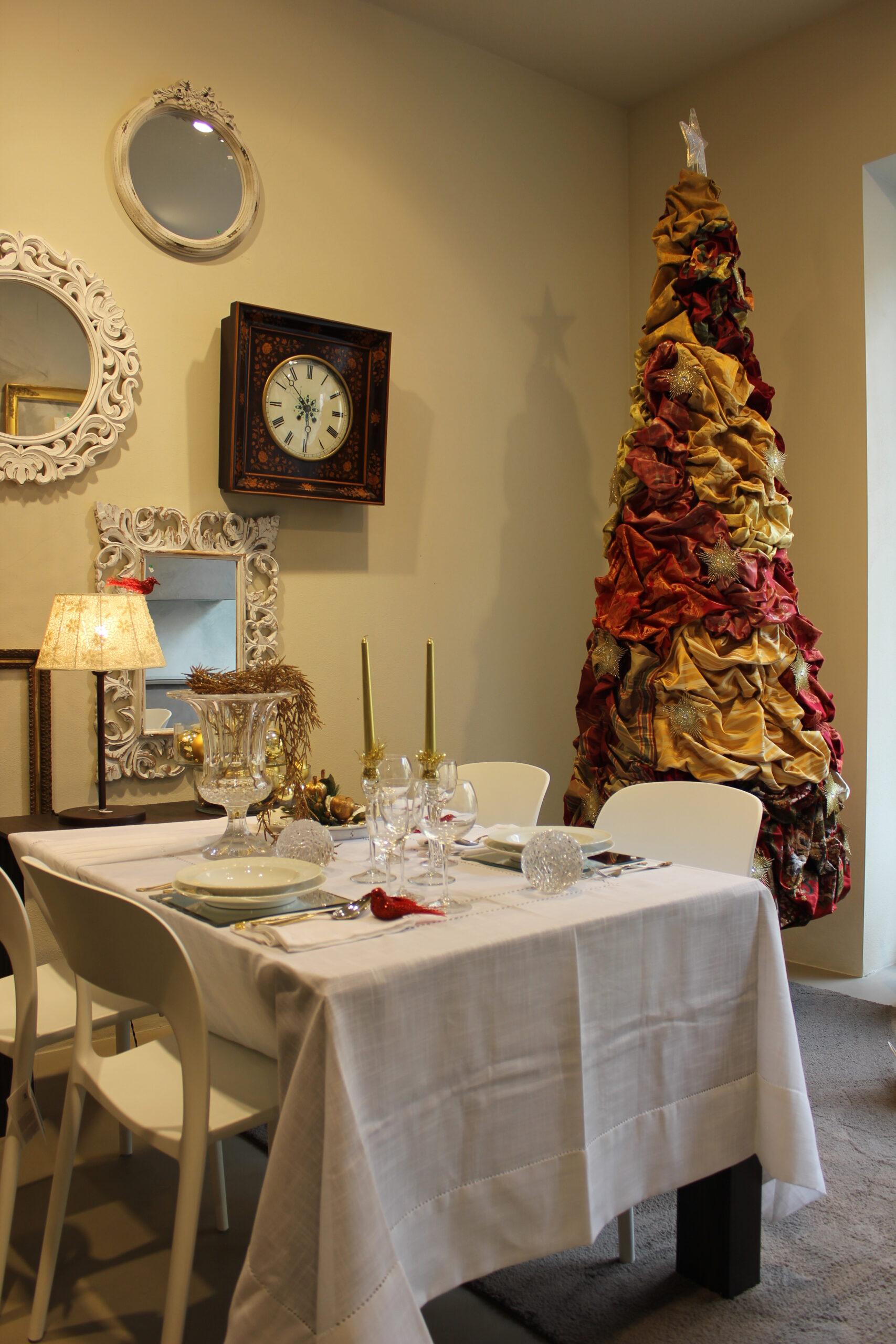 Vibo-interno-showroom-complementi