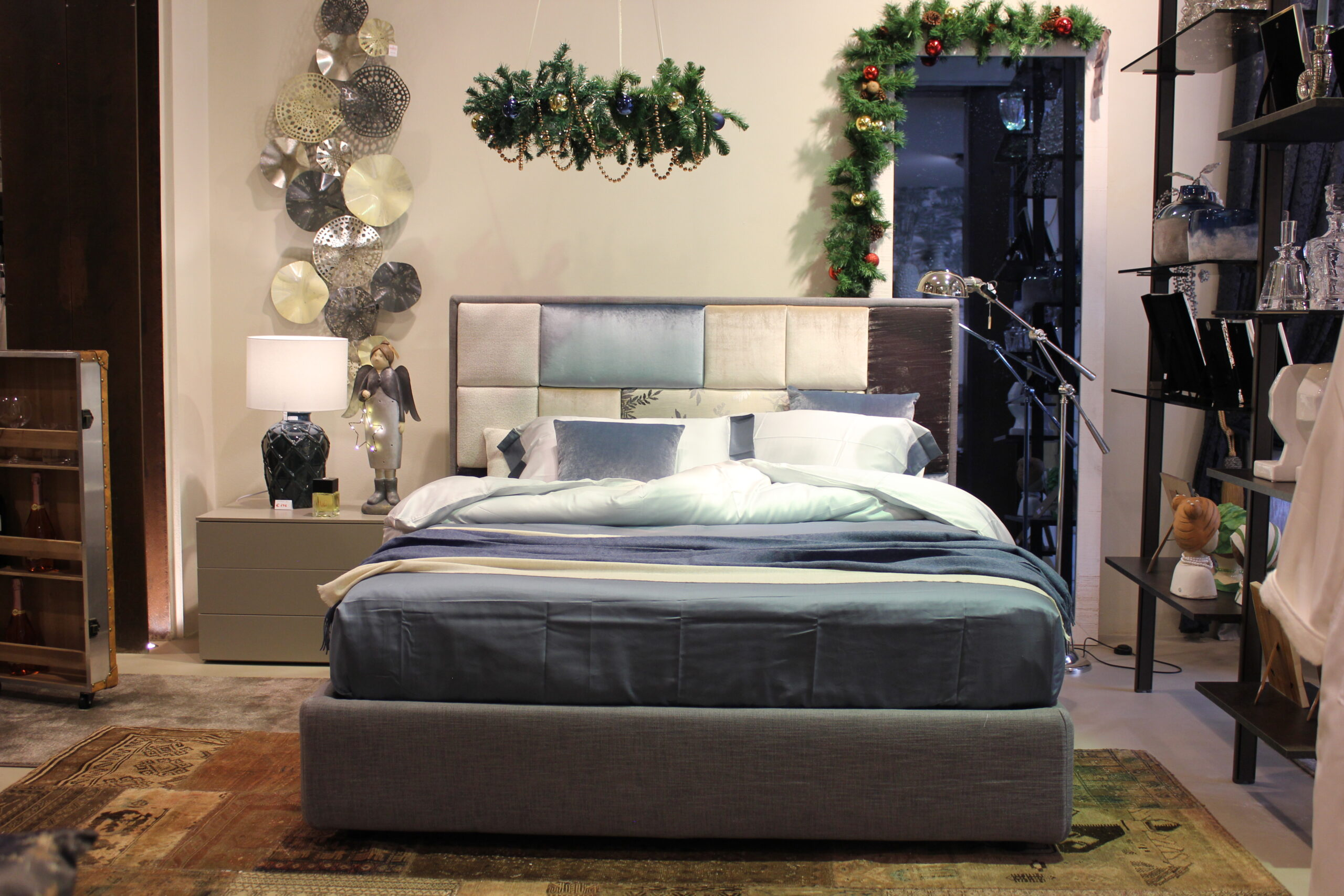 Vibo-showroom-letto-patchwork